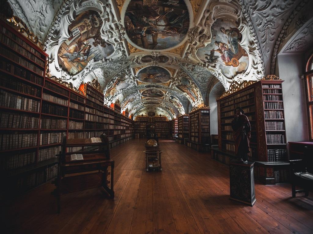 books-1842306_1920